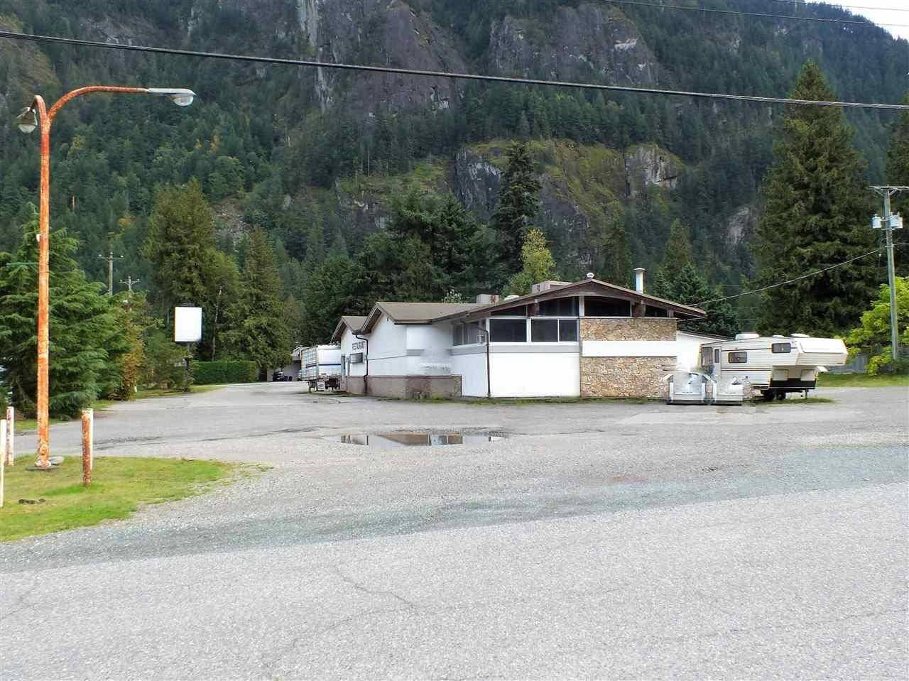 Residential property for sale at 63810 Flood Hope Rd Hope British Columbia - MLS: C8028101