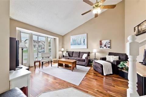House for sale at 6396 54 St Northeast Calgary Alberta - MLS: C4257979