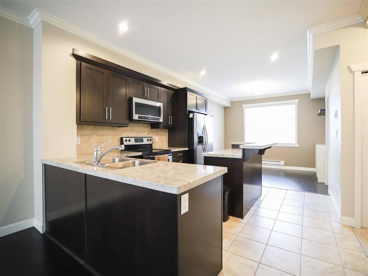 Buliding: 16355 82 Avenue, Surrey, BC