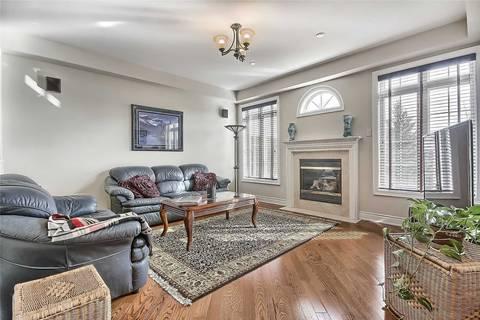 Condo for sale at 85 Stonecliffe Cres Aurora Ontario - MLS: N4391234