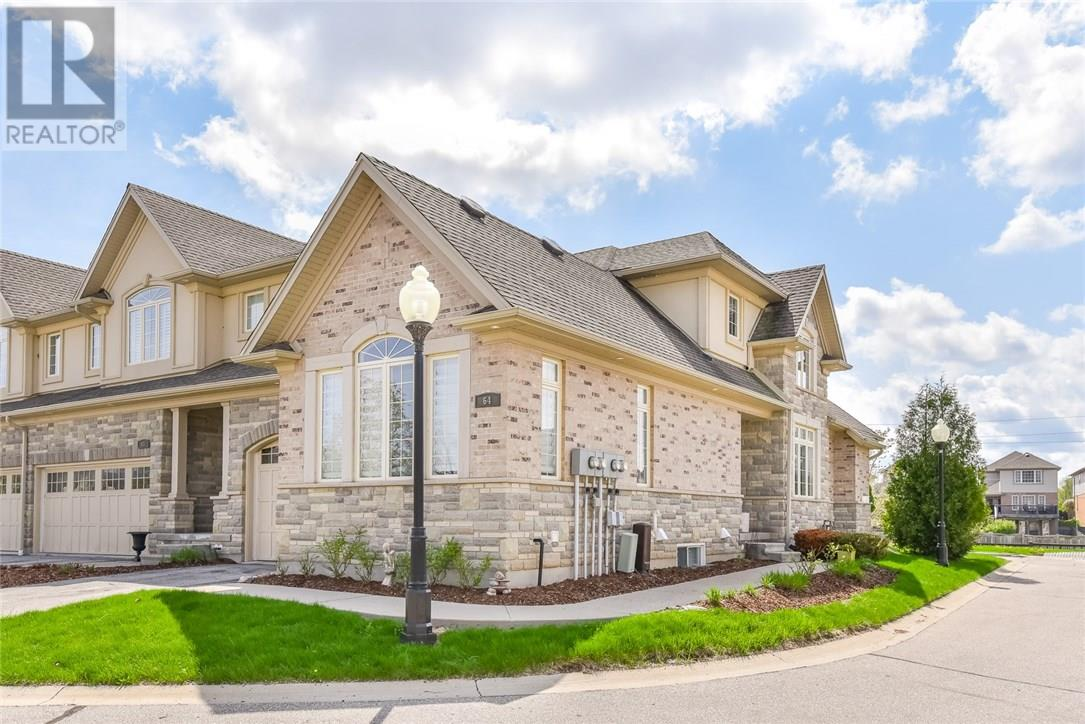 For Sale: 875 University Avenue, Waterloo, ON | 2 Bed, 4 Bath Townhouse for $625,000. See 29 photos!