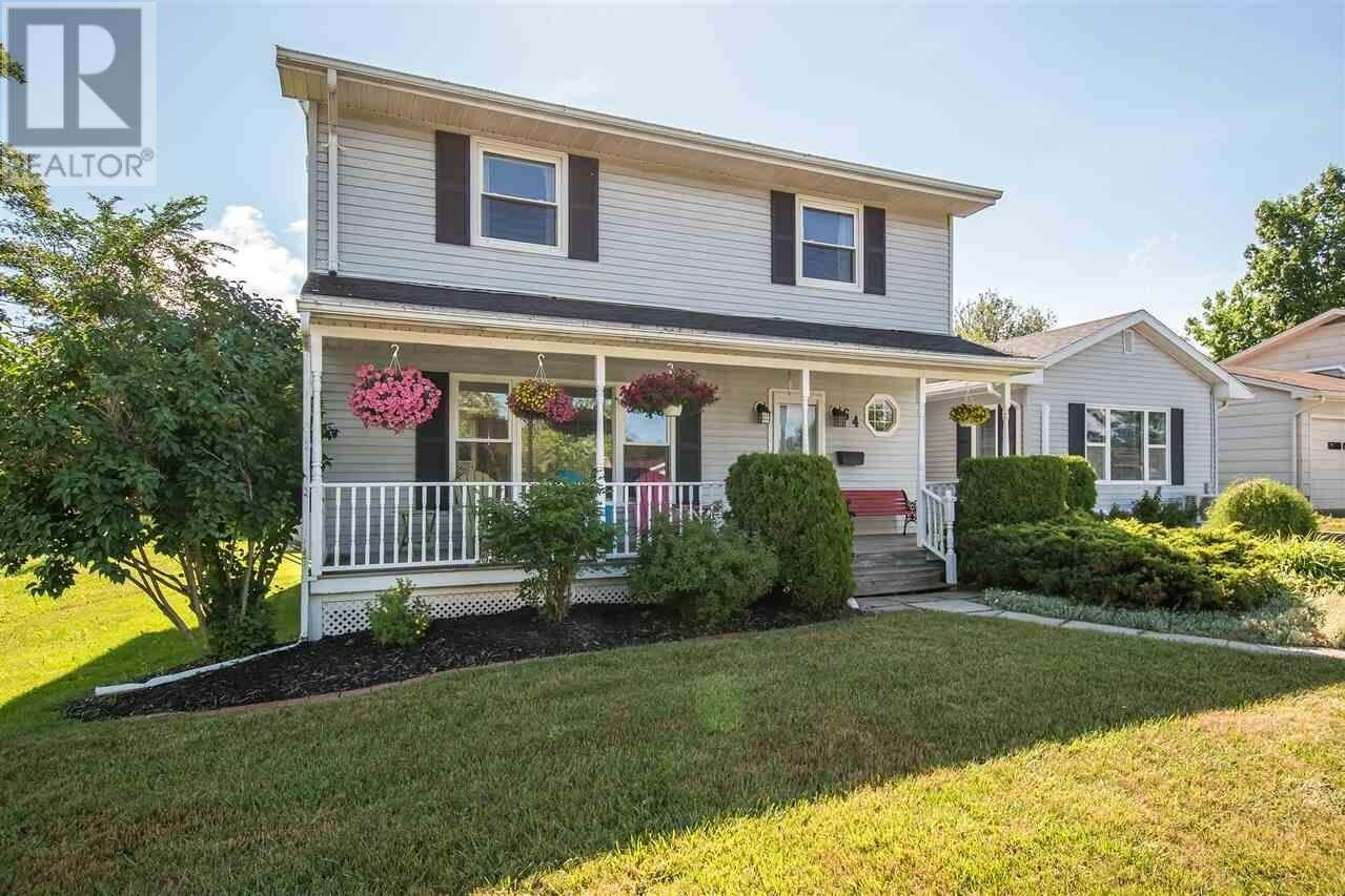 House for sale at 64 Apple Tree Ln Kentville Nova Scotia - MLS: 202012265
