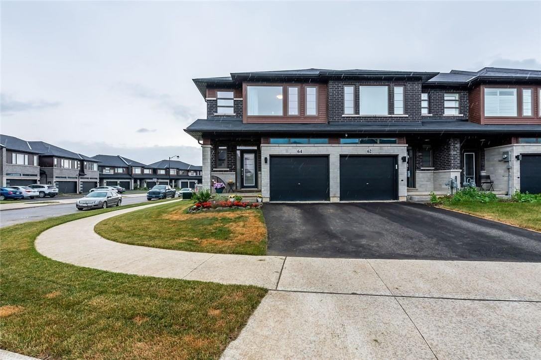 Townhouse for sale at 64 Columbus Gt Stoney Creek Ontario - MLS: H4081127