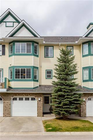 Townhouse for sale at 64 Cougar Ridge Me Southwest Calgary Alberta - MLS: C4242782