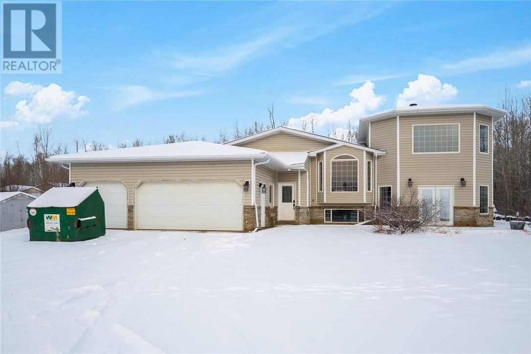 64 Freestone Way, Fort Mcmurray | Image 1
