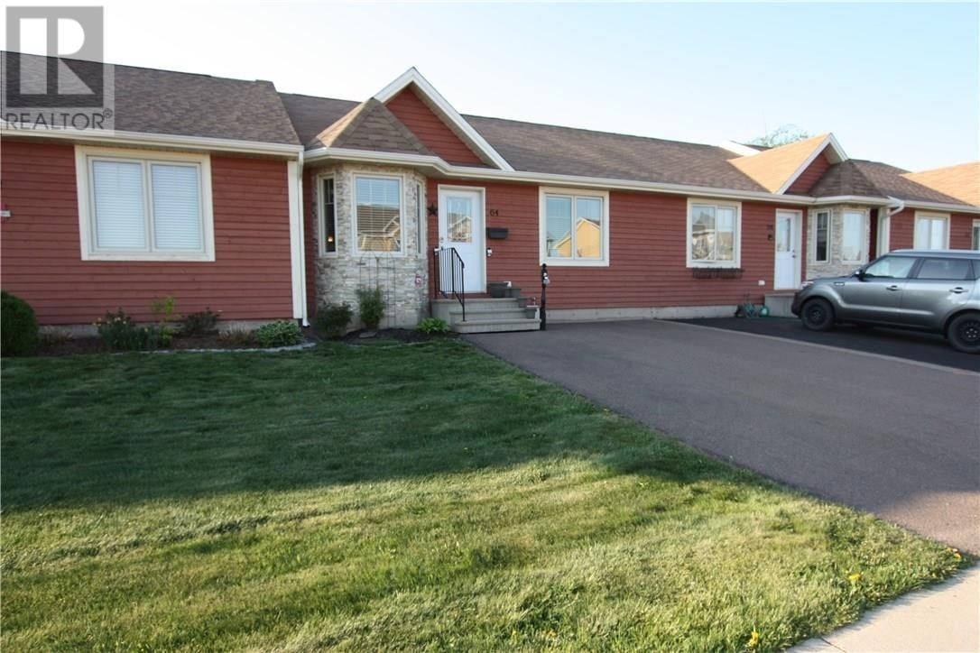 Townhouse for sale at 64 Lakeburn Ave Dieppe New Brunswick - MLS: M128610
