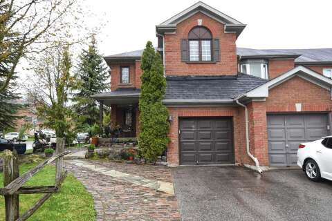 Townhouse for sale at 64 October Ln Aurora Ontario - MLS: N4775043