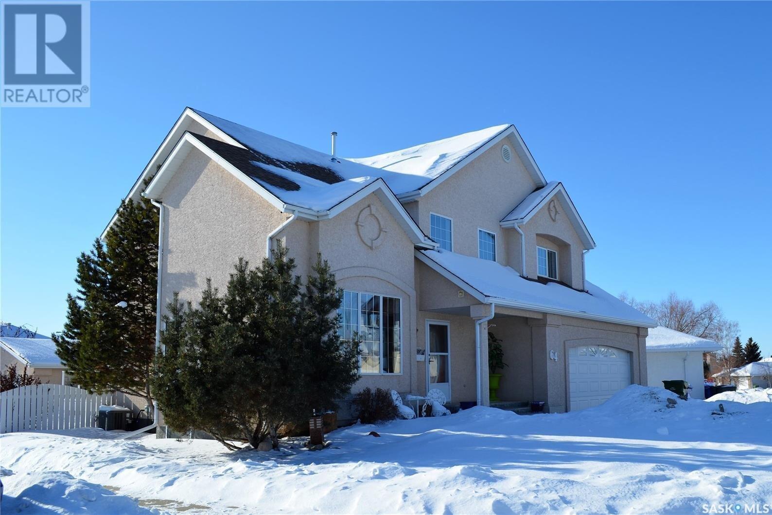 House for sale at 64 Pereverzoff Pl Prince Albert Saskatchewan - MLS: SK834350