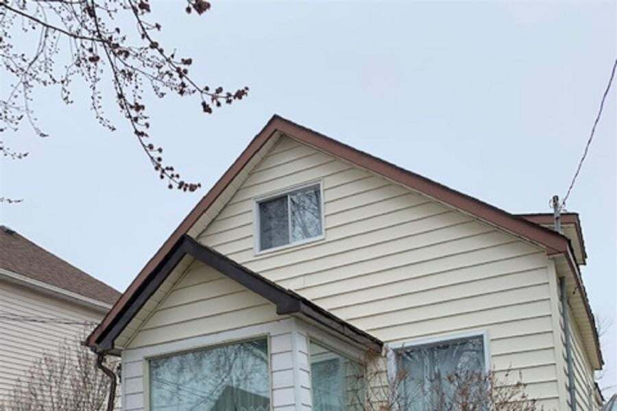 House for sale at 64 Peter St Thunder Bay Ontario - MLS: TB201369