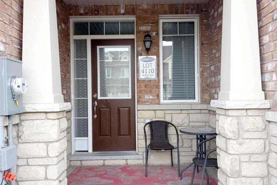 Townhouse for sale at 64 Phyllis Dr Caledon Ontario - MLS: W4924843