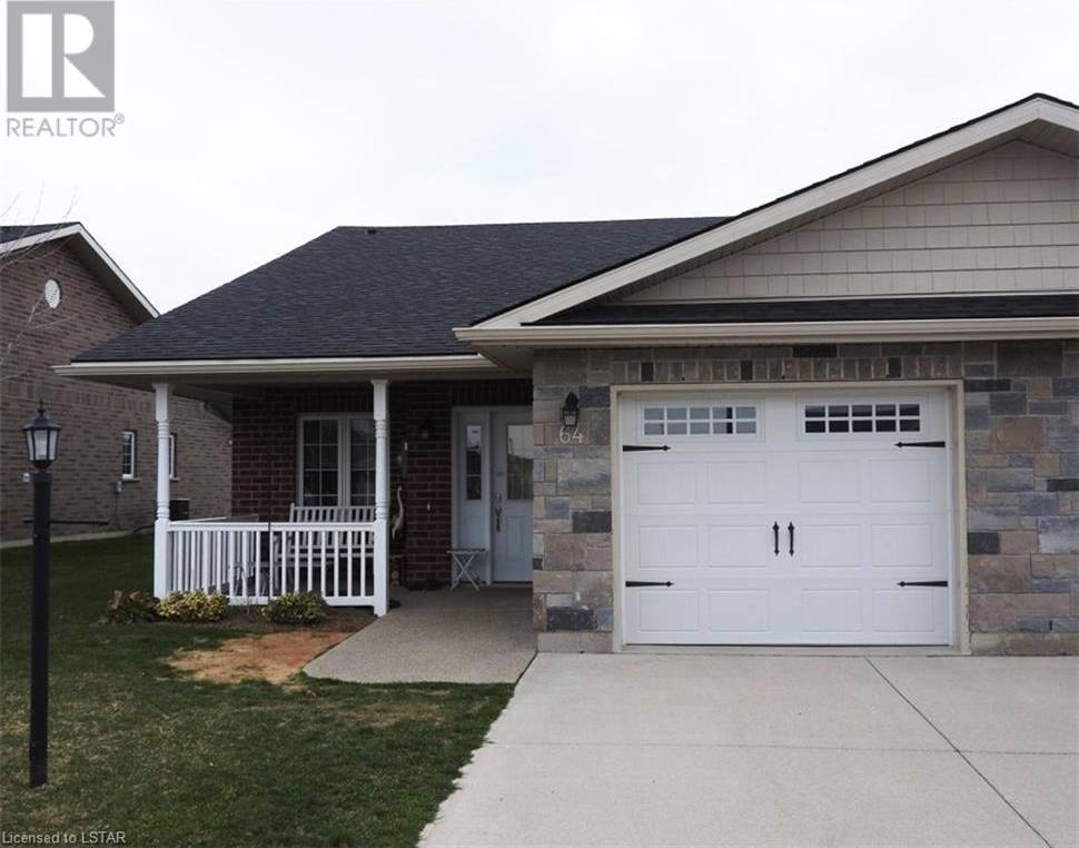 Townhouse for sale at 64 Redford Dr Exeter Ontario - MLS: 255883