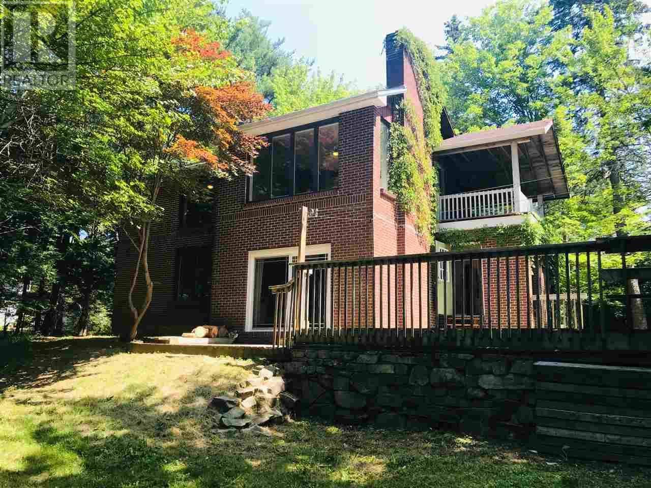 House for sale at 64 Robert St Fall River Nova Scotia - MLS: 201919588