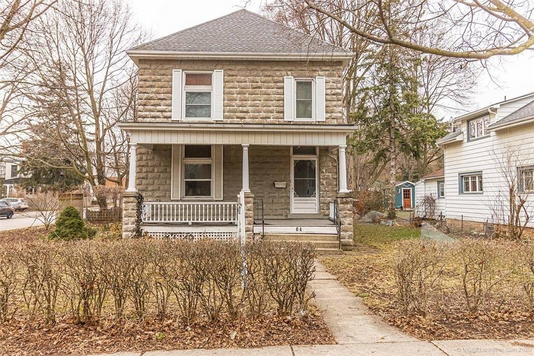House for sale at 64 Sydenham St Dundas Ontario - MLS: H4075583