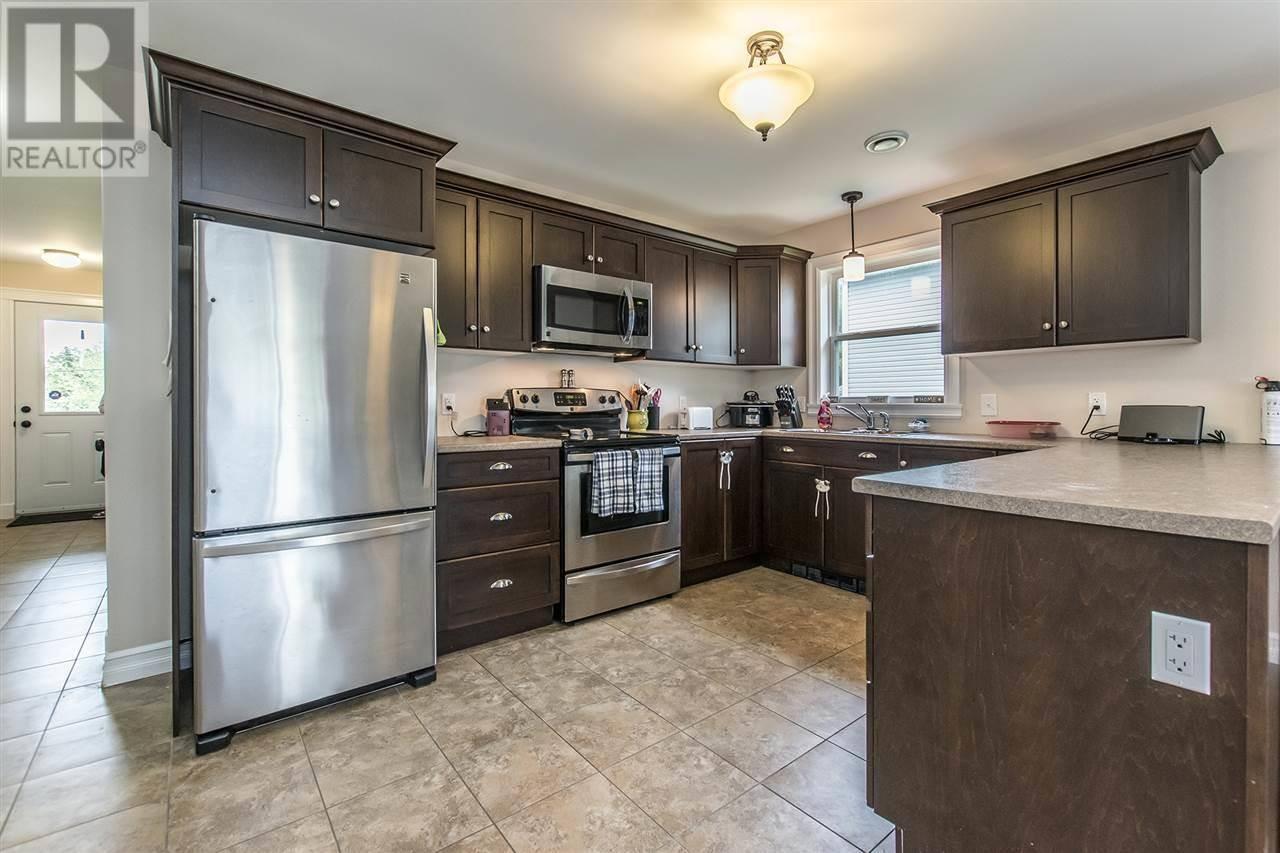 House for sale at 64 Trinity Ln Beaver Bank Nova Scotia - MLS: 201917040