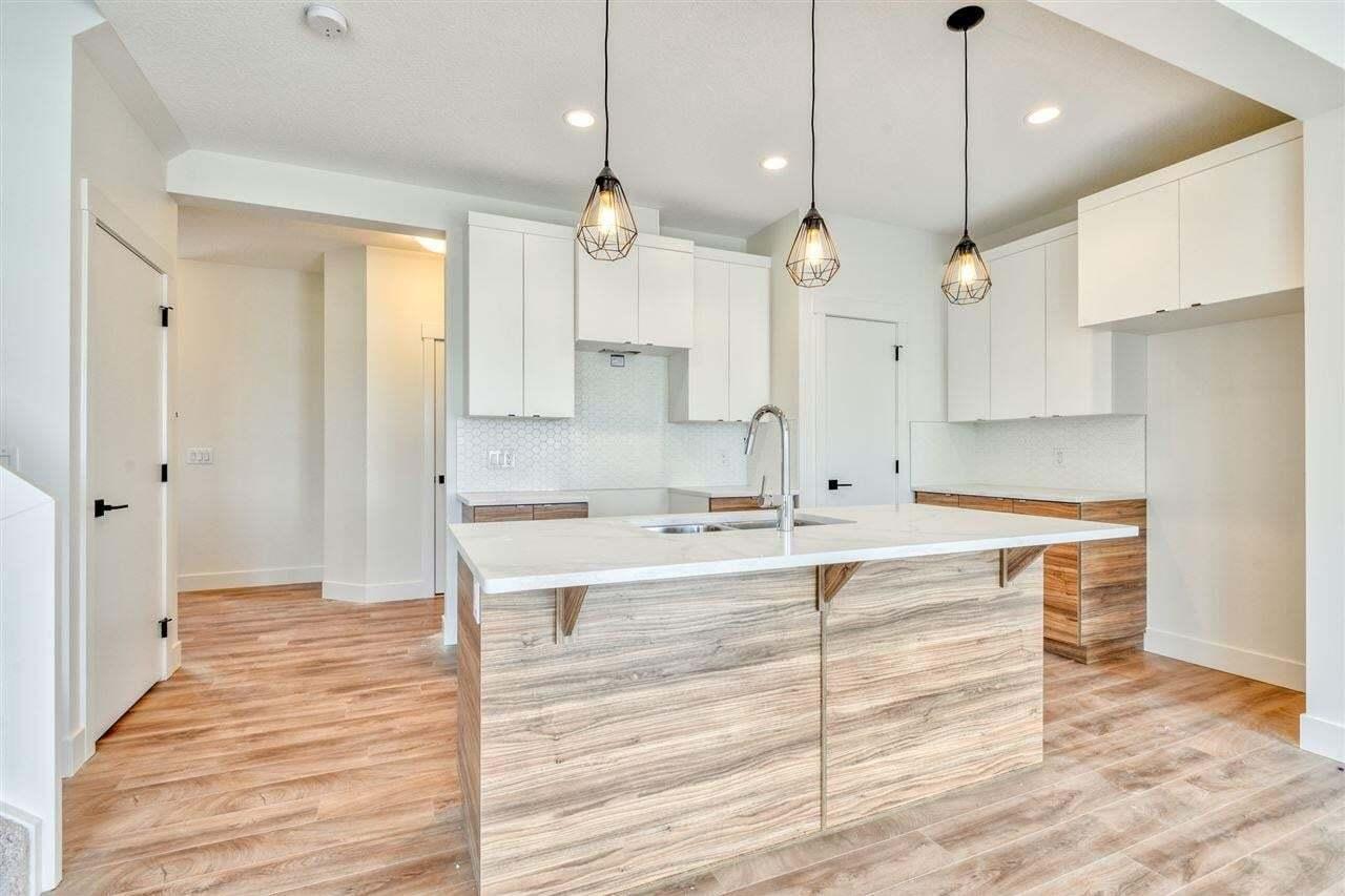House for sale at 640 Eagleson Cr NW Edmonton Alberta - MLS: E4204189