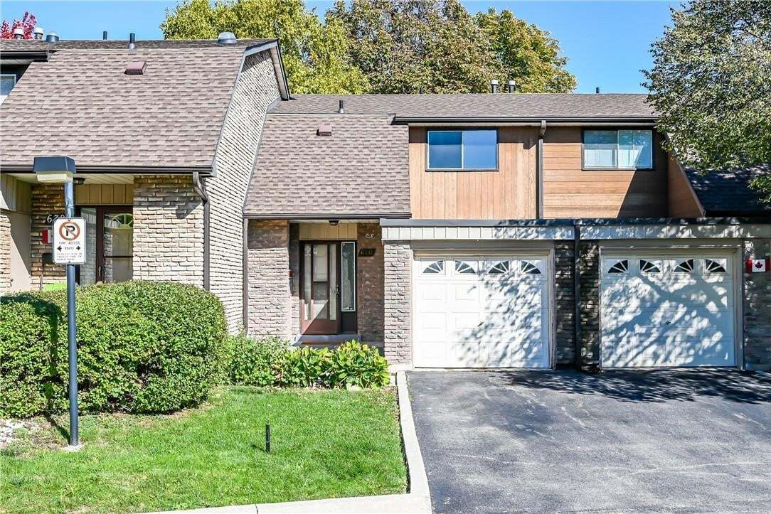 Townhouse for sale at 640 Forestwood Cres Burlington Ontario - MLS: H4090976