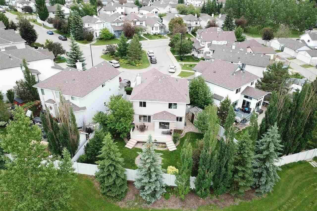 House for sale at 640 Glenwright Cr NW Edmonton Alberta - MLS: E4203943