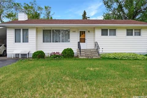 House for sale at 641 1st St Gull Lake Saskatchewan - MLS: SK776720