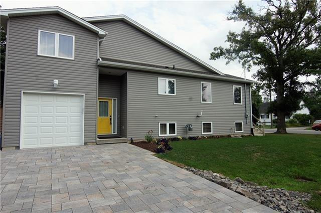 House for sale at 641 Broadway  Welland Ontario - MLS: X4214689