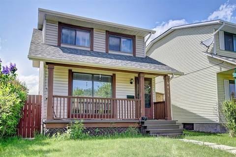 House for sale at 6411 54 St Northeast Calgary Alberta - MLS: C4249278