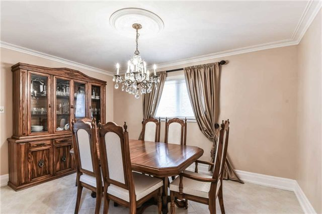 For Sale: 642 Chancellor Drive, Vaughan, ON | 4 Bed, 4 Bath House for $1,165,000. See 20 photos!