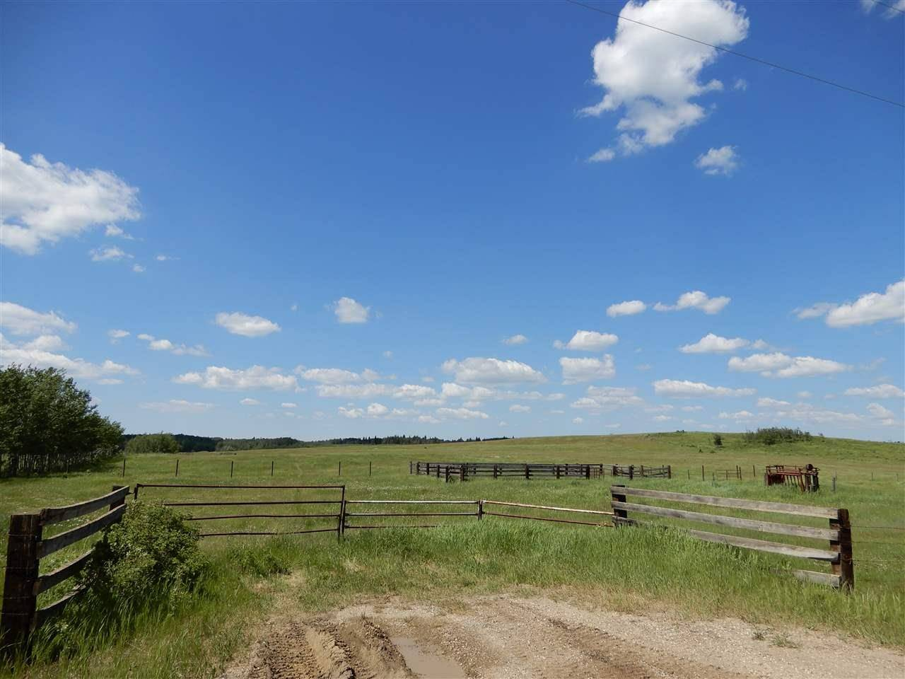 Home for sale at 642 Range Rd Rural Lac Ste. Anne County Alberta - MLS: E4162415
