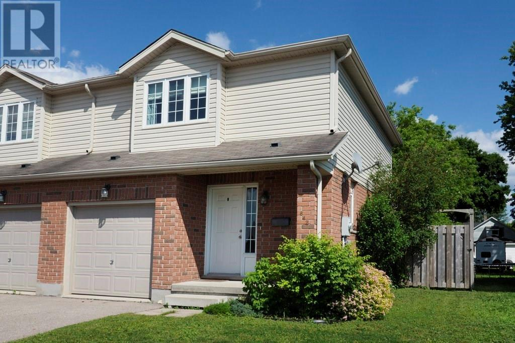Removed: 642 Salisbury Avenue South, Listowel, ON - Removed on 2020-07-03 23:33:02