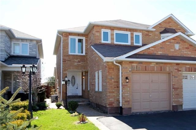 For Rent: 6424 Sapling Trail, Mississauga, ON | 3 Bed, 3 Bath Townhouse for $2,275. See 14 photos!