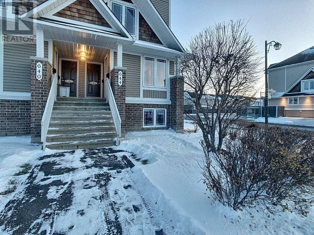 House for sale at 644 Lakeridge Dr Ottawa Ontario - MLS: 1175847