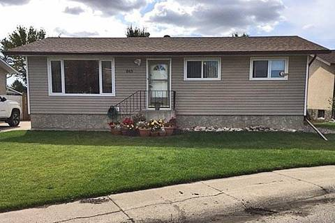 House for sale at 645 52 Ave West Claresholm Alberta - MLS: C4245433