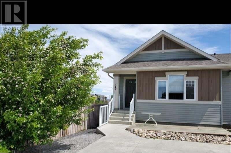 Townhouse for sale at 645 Silkstone Pt West Lethbridge Alberta - MLS: ld0189792