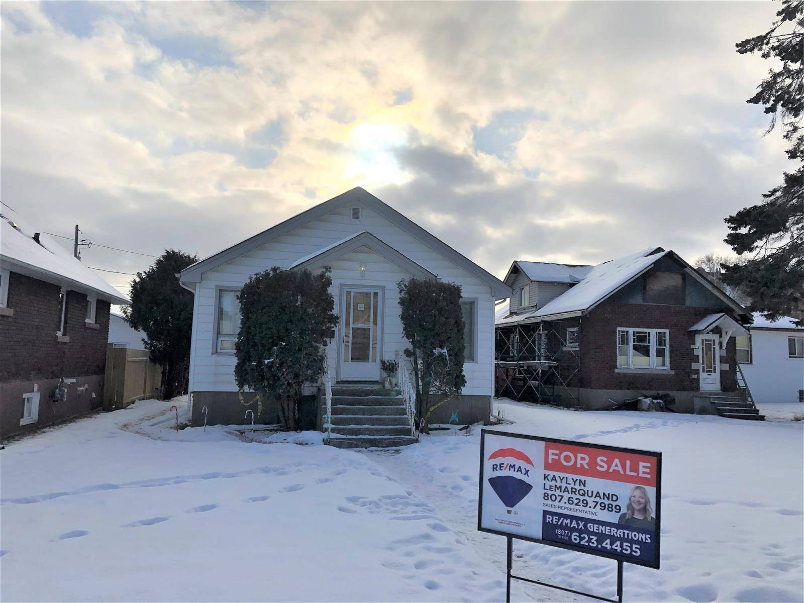 House for sale at 646 Southern Ave Thunder Bay Ontario - MLS: TB193887