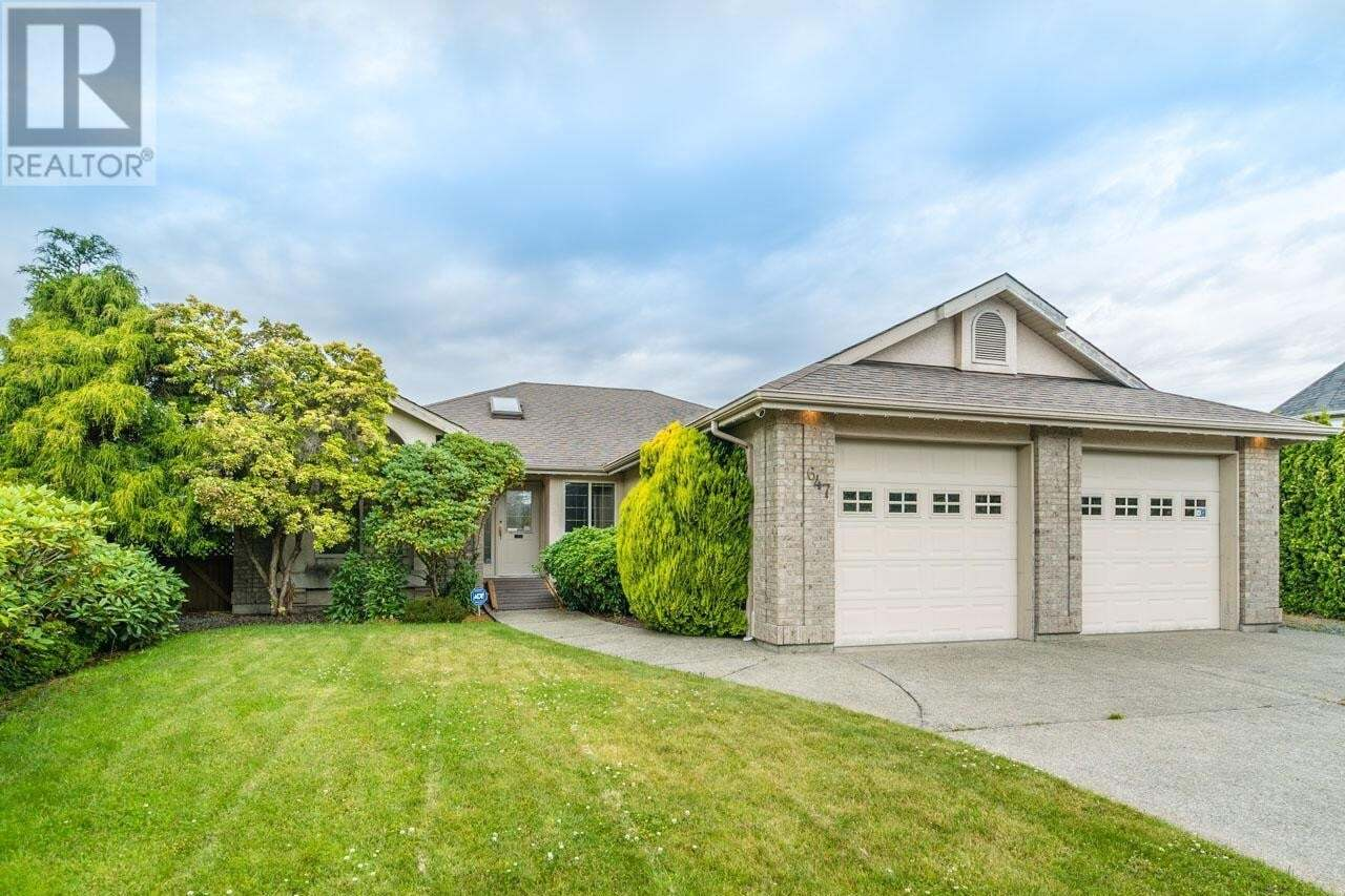 House for sale at 647 Eagle Tree  French Creek British Columbia - MLS: 843254