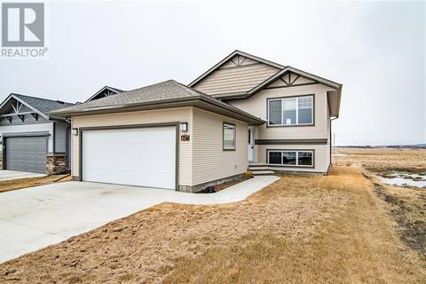 House for sale at 647 Robinson Ave Penhold Alberta - MLS: ca0162559