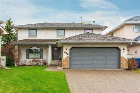 House for sale at 648 Country Hills Ct Northwest Calgary Alberta - MLS: C4296872