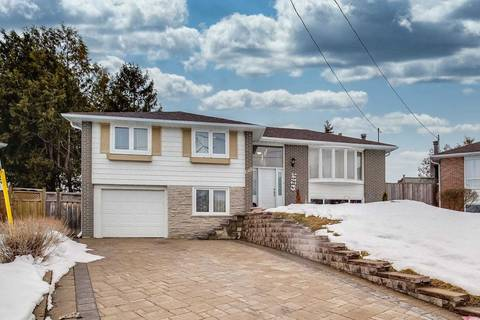 House for sale at 648 Mossbank Ct Newmarket Ontario - MLS: N4716152