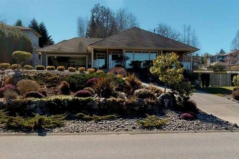 House for sale at 6485 Gale Ave N Sechelt British Columbia - MLS: R2351431