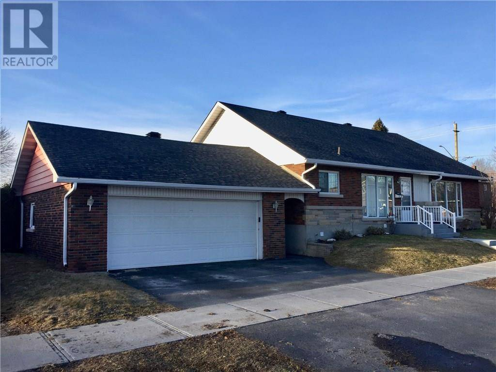 House for sale at 649 Felix St Cornwall Ontario - MLS: 1183174