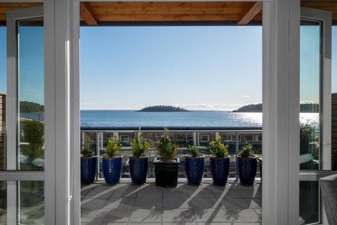 Townhouse for sale at 6498 Ember Pl Sechelt British Columbia - MLS: R2449323