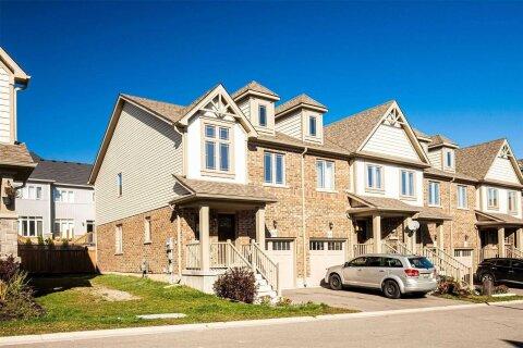 Townhouse for sale at 124 Parkinson Cres Unit 65 Orangeville Ontario - MLS: W4964134