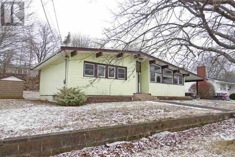 House for sale at 65 Churchill St Bridgewater Nova Scotia - MLS: 201904173
