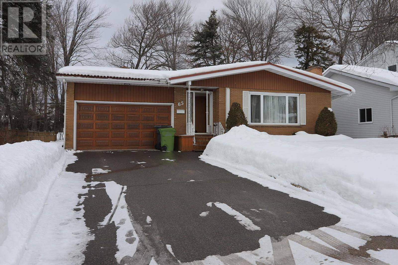 House for sale at 65 Huntington Pk Sault Ste. Marie Ontario - MLS: SM127874