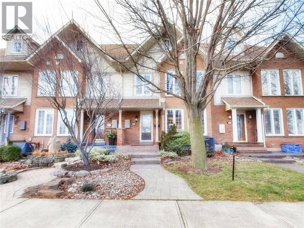 Townhouse for sale at 65 Sunvale Pl Stoney Creek Ontario - MLS: 30784840