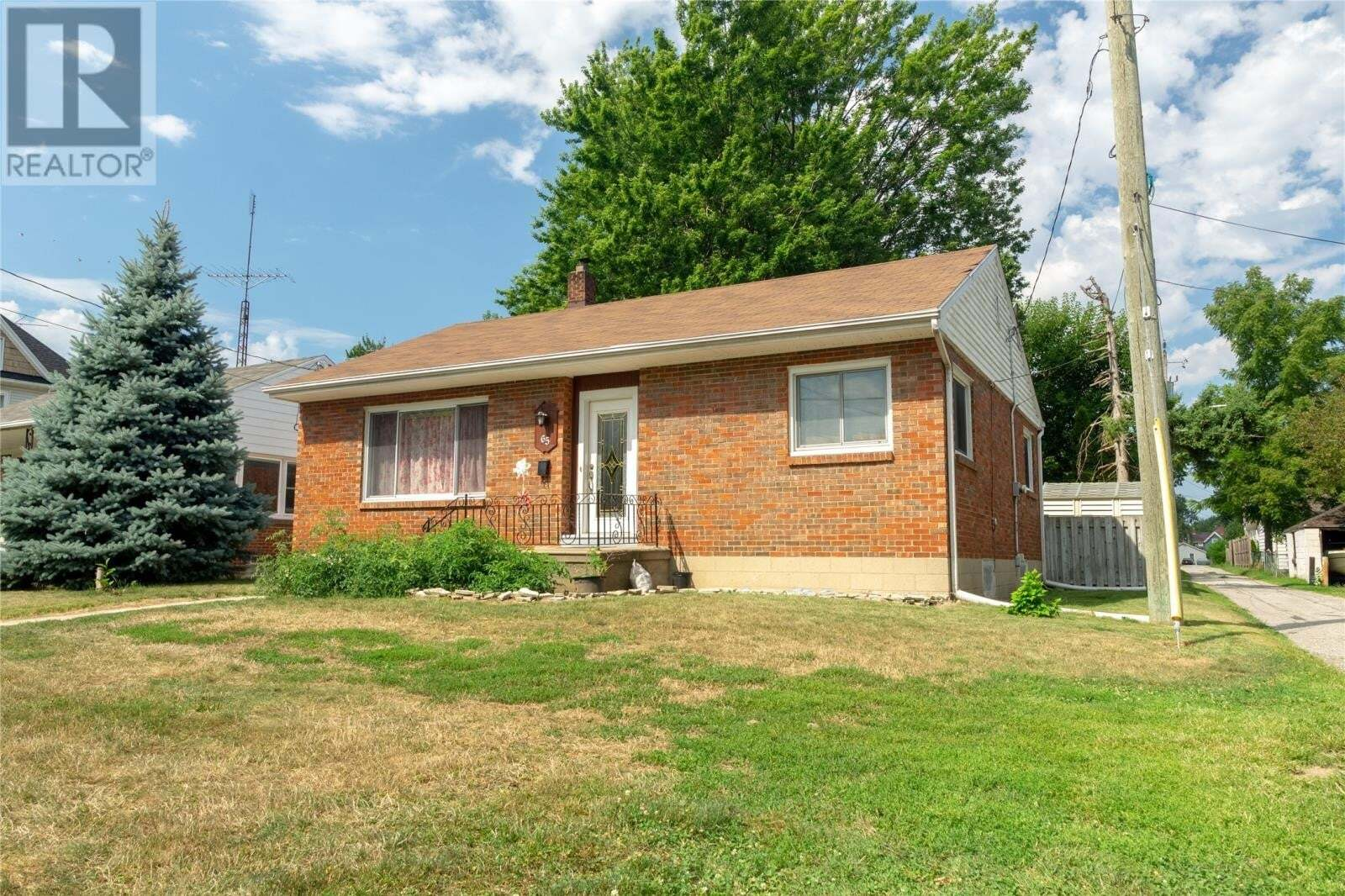 House for sale at 65 Victoria S  Leamington Ontario - MLS: 20009943