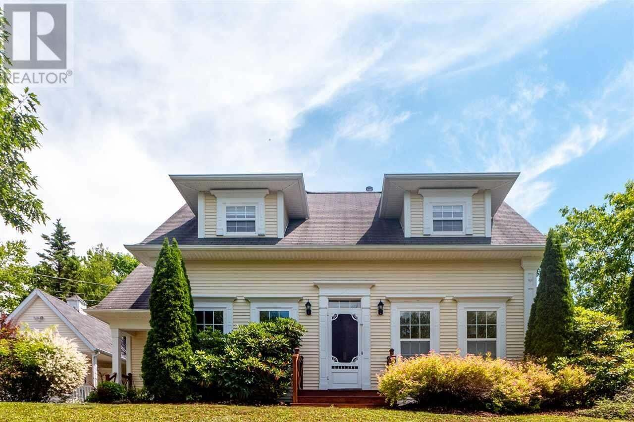 House for sale at 65 Wisteria Ln Upper Tantallon Nova Scotia - MLS: 202013060