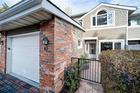 Townhouse for sale at 65 Woodmeadow Cs Southwest Calgary Alberta - MLS: C4280694