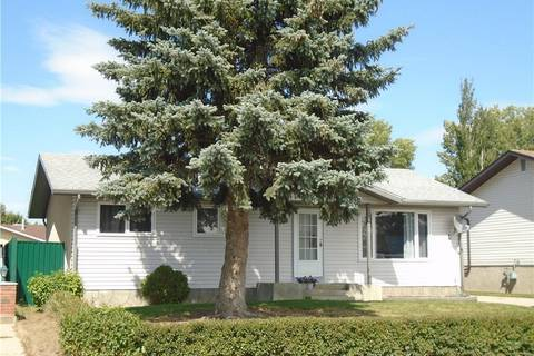 House for sale at 650 49 Ave West Claresholm Alberta - MLS: C4245124