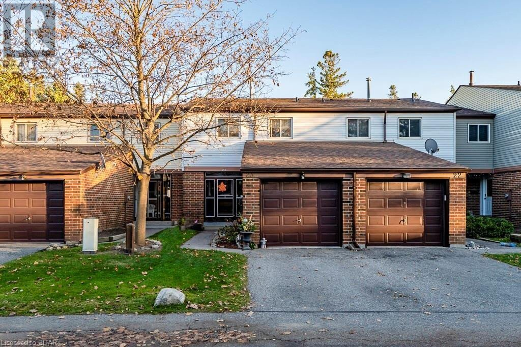 Townhouse for sale at 650 Childs Dr Milton Ontario - MLS: 40042045