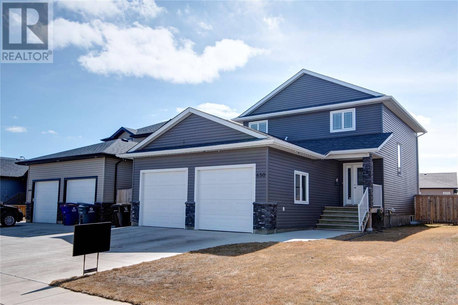 House for sale at 650 Hargreaves Ln Saskatoon Saskatchewan - MLS: SK778321