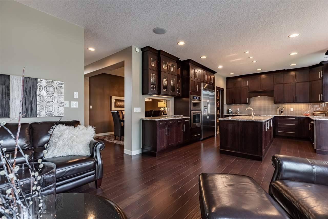 House for sale at 6508 Mann Ln Nw Edmonton Alberta - MLS: E4168531